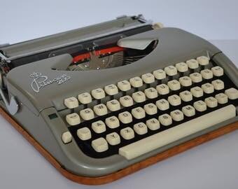 Typewriter Princess 200 portable typewriter  - vintage 50's