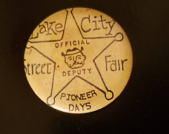 Vintage Seattle Lake City Street Fair pinback, 1940's