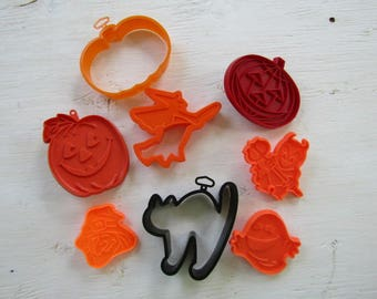Halloween cookie cutters, set of 8, witchs, pumpkins, devil, black cat, ghost