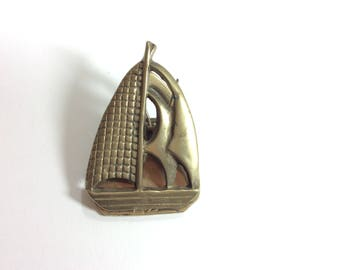 Brass Sailboat Clip-Sailing Ship Noteholder