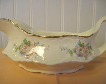 Homer Laughlin Gravy Boat - Item #1413