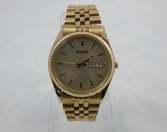 Vintage Pulsar Quartz Watch Day Date