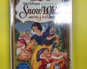 Vintage 1994 Walt Disney's Snow White and the Seven Dwarfs VHS New Sealed
