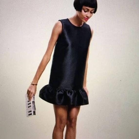 Gorgeous Kate Spade black silk dropped ruffle sleeveless dress size US 2