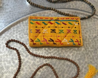 Yucatán Vintage Clutch