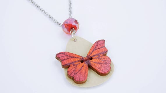 Necklace butterfly in red on silver link chain made of stainless steel-elder in beige butterfly wooden button Red pearl