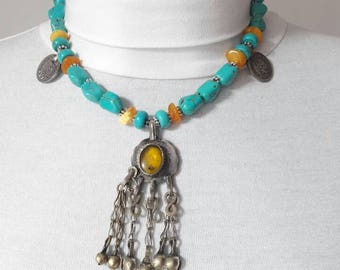 Necklace from the Baltic amber and turquoise