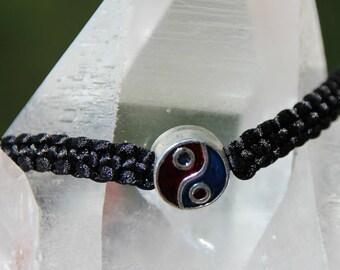 shamballa bracelet with yin yang pattern bead