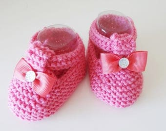 slippers in dark pink wool for baby - baby shoes are hand made in France
