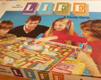 Vintage Milton Bradley Game of Life - 1977 edition - complete