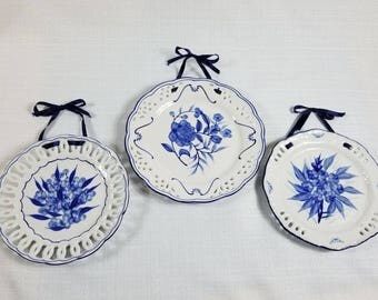 Blue Wall Plate Set, Three Cobalt Floral Design Ceramic Plates with Silk Ribbon Ties, Vintage 80s Décor