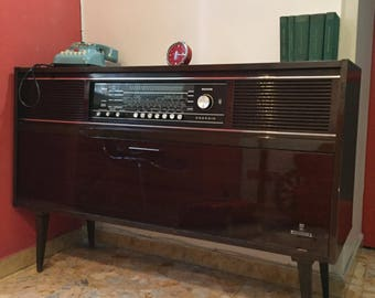 mobile radio/turntable Grundig model Mandello end 60 years