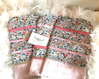 Customizable Pocket barrettes in natural linen and liberty of London Betsy porcelain