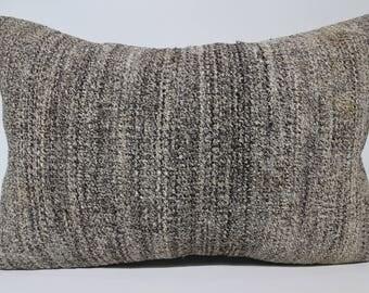 Decorative Kilim Pillow Handwoven Kilim Pillow 16x24 Lumbat Kilim Pillow Turkish Kilim Pillow Ethnic Pillow Cushion Cover  SP4060-1217