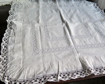 Antique Pillow case with frills -  Bohemian Homestyle