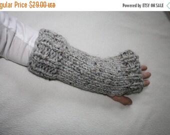 50% OFF SALE Knit Fingerless Gloves, Knit Arm Warmers, Chunky Knit Fingerless Gloves, Knit Hand Warmers, Riverside Gloves - Grey Marble