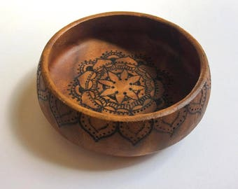 Pyrography wooden trinket dish, woodturned bowl vintage trinket dish, woodburned mandala wooden bowl, vintage interior boho chic design