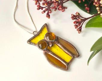 Pendant owl / Little Owl / Glass Pendant / brown owlet / forest bird / Saw Whet Owl / stained glass suncatcher