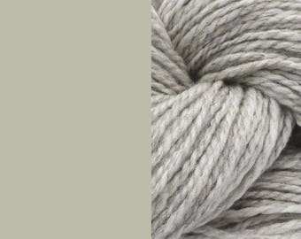 Wool yarn, undyed light grey | bulky 2-ply worsted quick knit pure wool yarn 100g/130m