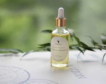 Purifying Tea Tree & Geranium Facial oil. Handmade with Tea Tree, Geranium, Lavender, Patchouli, Ylang Ylang, Frankincense and Vit E.