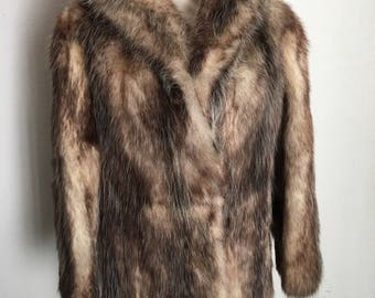 Classy Mid Length Vintage Brown & Gray Tinge Fur Coat Women's Size Small .