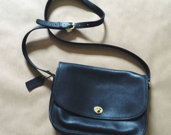 Vintage Coach City Bag in Black