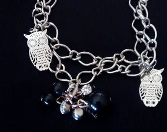 Double bracelet, owls and pearls