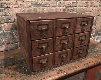 1920s Yawman and Erbe 9-Drawer Oak Desktop Index Filer