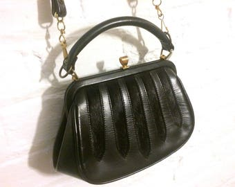 Vintage genuine black leather small shoulder handbag