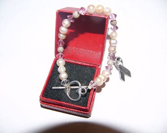 ON SALE Vintage Pearl with Silver Clasp Bracelet