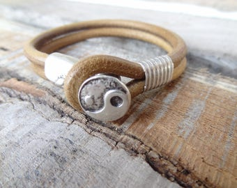 EXPRESS SHIPPING,Men's Leather Bracelet,Camel Leather Bracelet,Ying Yang Bracelet,Men's Cuff Bracelet,Gift for Him,Christmas Gifts