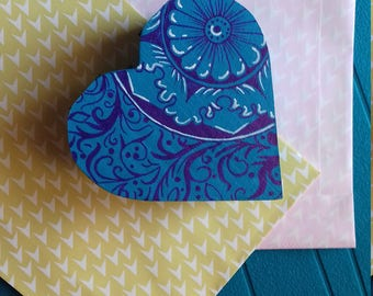Hand painted heart box-favor