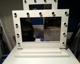 EVOS Gloss White Hollywood Vanity Mirror without bulbs free standing.