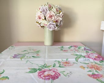 Reversible vintage single pillowcase.