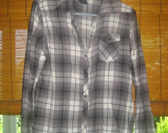 Black/Gray/White Plaid Long Sleeved Shirt with Front Pocket