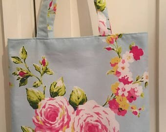 Market bag in a floral fabric