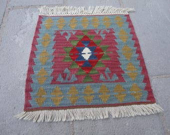 FREE SHIPPING !!!Kilim rug ,Turkish vintage rug, entrance rug,gift rug 19 x 20 country decor,boho rug,pileless rug,flat woven rug,small  rug