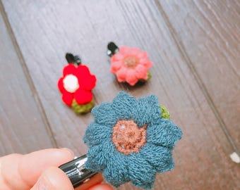 LB- Flower Hair Clips
