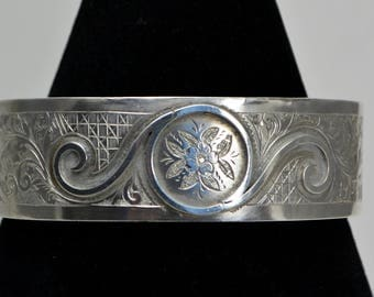1882 STERLING SILVER English Hand Engraved Flowers & Applied Silverwork BANGLE Bracelet