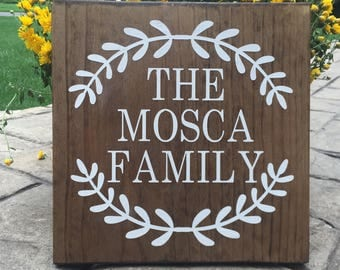 Family Sign, Last Name Wood Sign, Housewarming Gift, Wedding Anniversary, Rustic Home Decor, Farmhouse Decor, Custom Name Sign