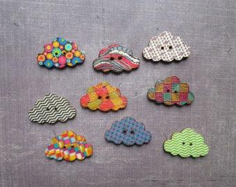 20 wooden cloud shaped buttons