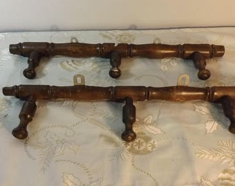 2 Porte-manteau en bois. Coat hanger. No copy.  France