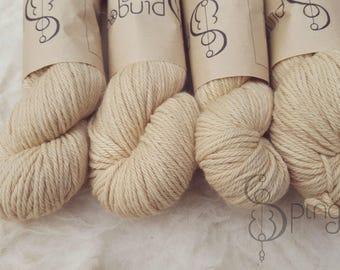 Kruidenwol herbal yarn - naturally dyed yarn - Stinging nettle