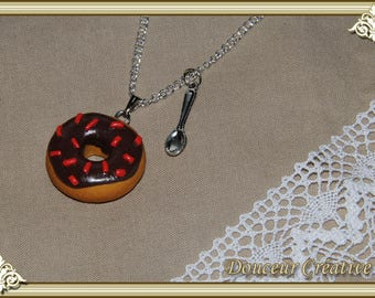 Necklace donut chocolate 103002