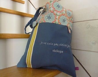 """My little mess SUPER MOM"" hand-embroidered tote bag vintage blue adult"