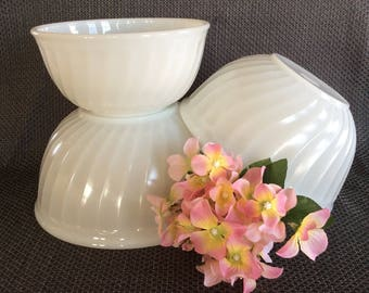 Anchor Hocking Fire King utility nesting bowls set milk glass and swirl embossed pattern