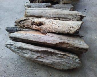 Driftwood - 10 flattish wider pieces