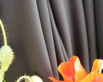 Tissu  par 50cm Viscose & Polyester noir en 145cm  n°615