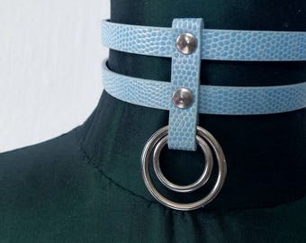 Baby blue faux leather bdsm collar. Pastel gothic o-ring choker. Kitten play collar. Submissive collar. Fetish wear. Vegan leather choker.