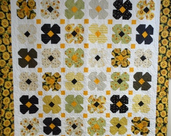 "Quilt, Handmade Full Size Quilt, Sunflower Quilt, Yellow and Black Full Size Sunflower Quilt 78"" x 88"""